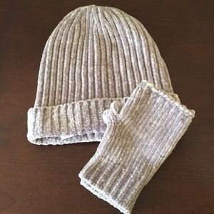 LOFT Chenille Hat and Glove Set